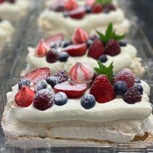 Summer berry pavlova – ideal for a buffet